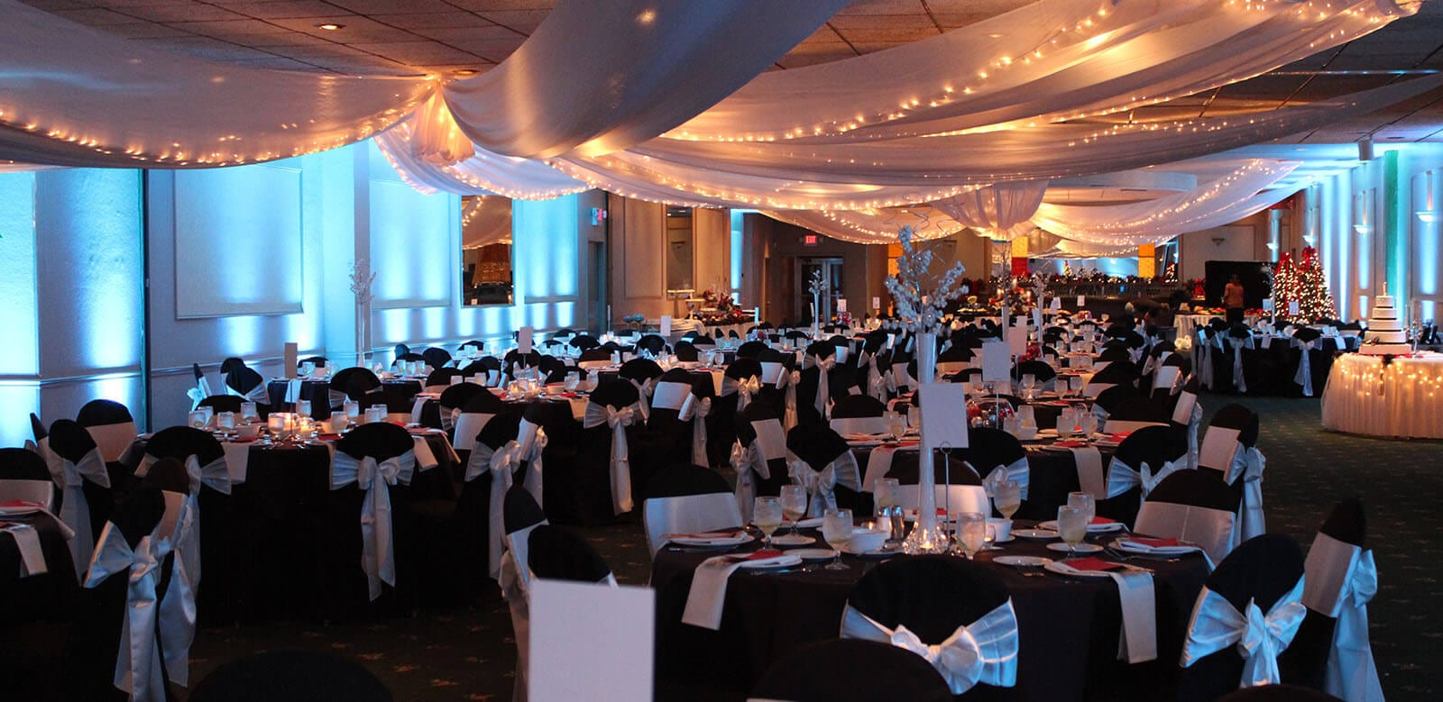 Banquet room beautifully prepared for wedding around Christmas